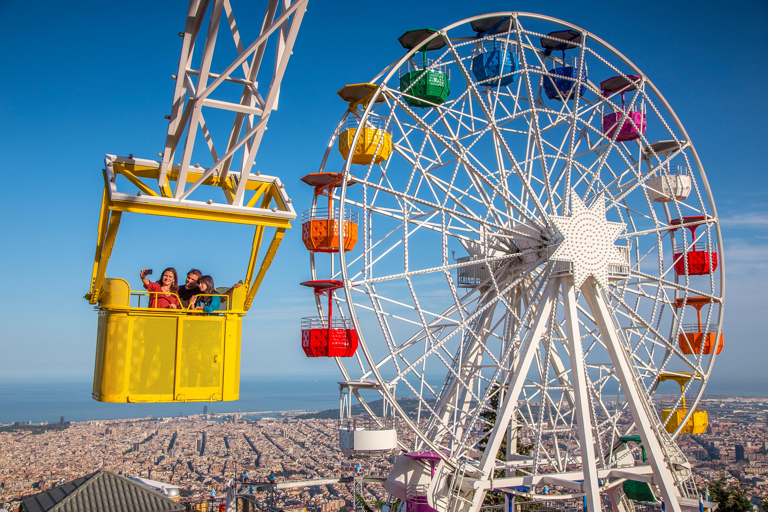 Large Families Day At The Tibidabo Amusement Park In Barcelona Elfac